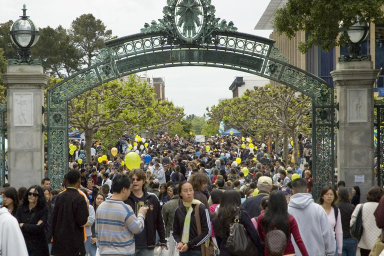 Cal Day - crowds going through Sather Gate